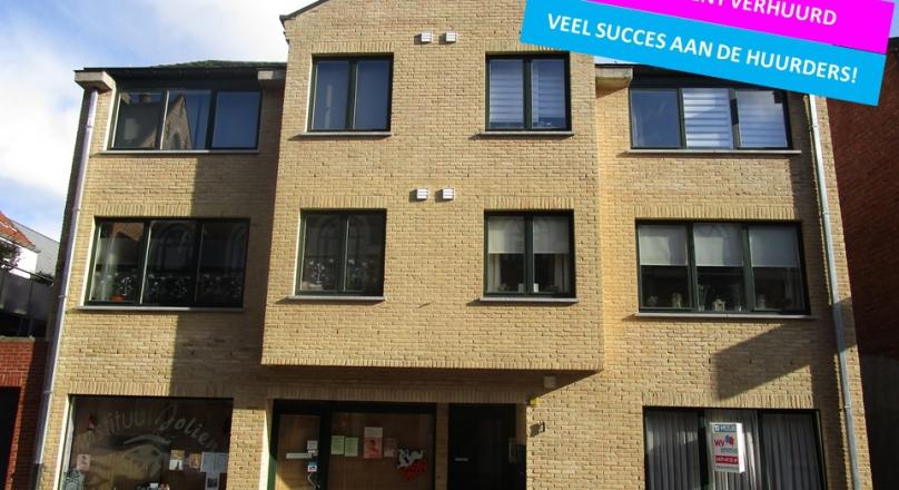 Gelijkvloers appartement met 2 slaapkamers centrum Stekene